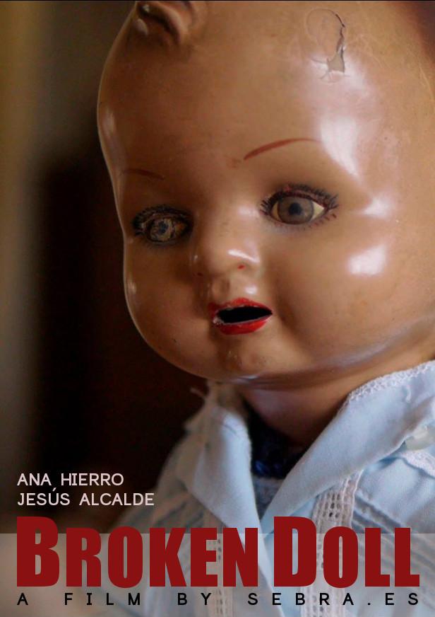 Broken Doll, muñeca rota